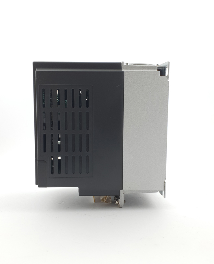 HF E800 E810 0015S2E1U1F2AE1U1F2AE03R3 1F 230 V 15KW 0007 20210312 115407.jpg