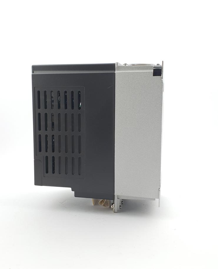 HF E800 E810 0015S2E1U1F2AE1U1F2AE03R3 1F 230 V 15KW 0008 20210312 115409.jpg
