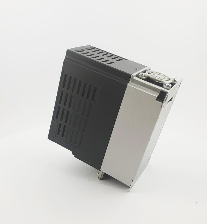 HF E800 E810 0015T3E1U1F2AE03B1R3 3F 400V 15kW 0009 20210319 123404.jpg