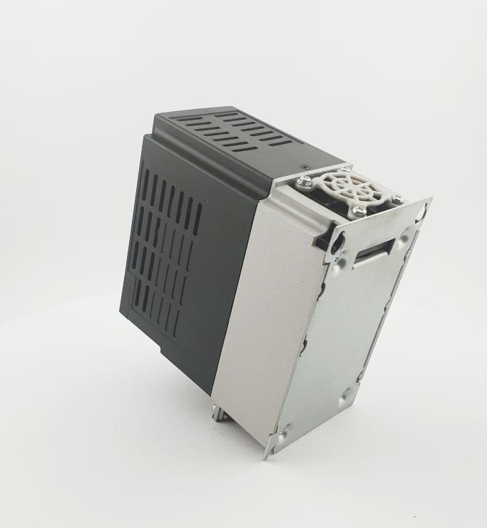 HF E800 E810 0015T3E1U1F2AE03B1R3 3F 400V 15kW 0010 20210319 123405.jpg
