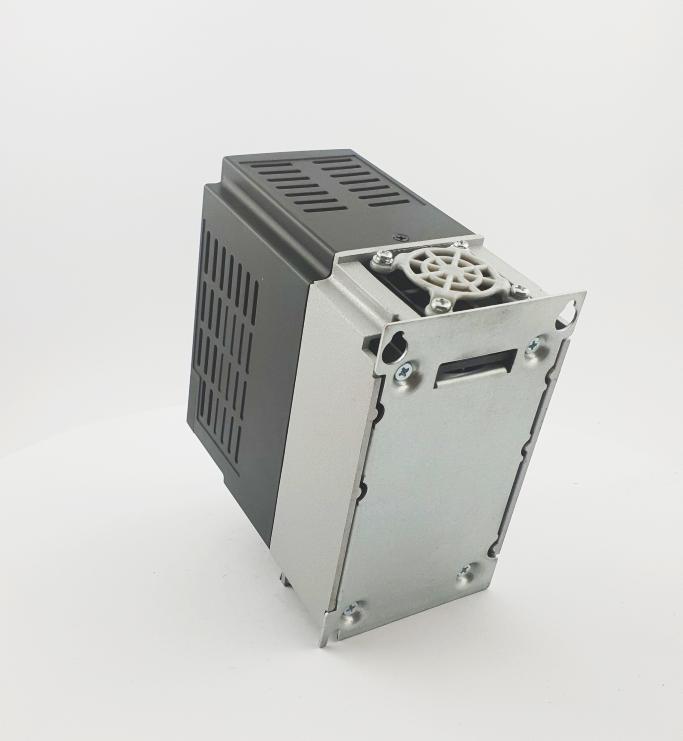 HF E800 E810 0015T3E1U1F2AE03B1R3 3F 400V 15kW 0011 20210319 123407.jpg