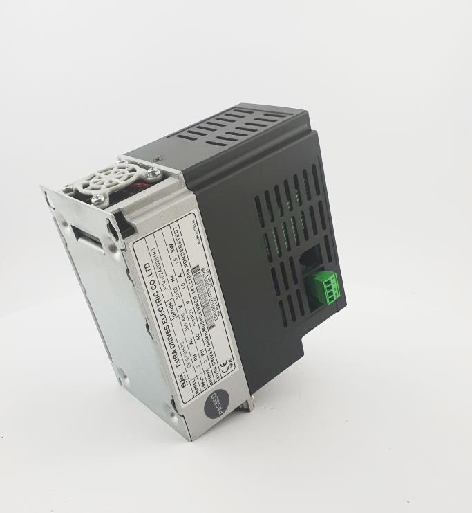HF E800 E810 0015T3E1U1F2AE03B1R3 3F 400V 15kW 0017 20210319 123415.jpg
