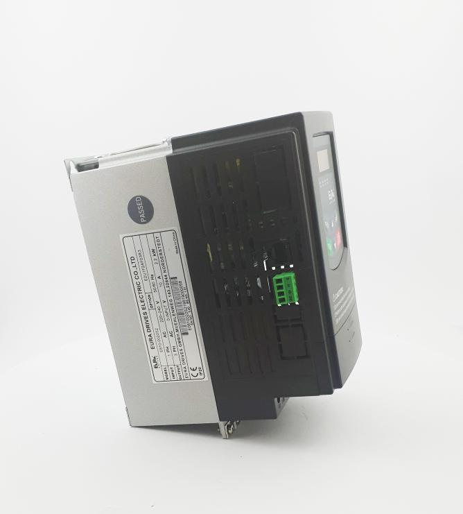 HF E800 E810 0022S2E1U1F2AE03R3 1F 230V 22kW 0021 20210319 123148.jpg