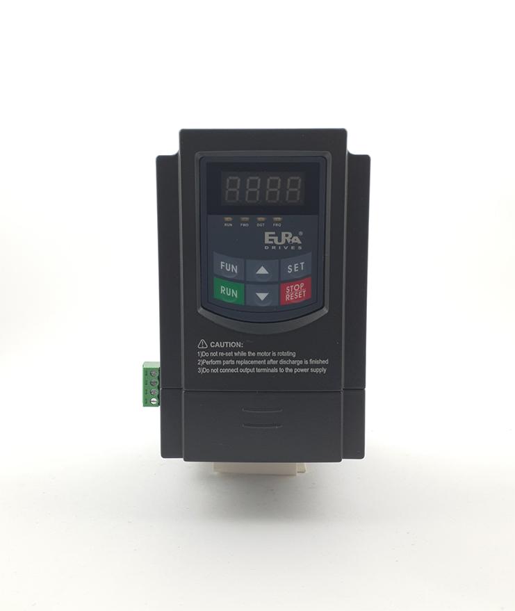 LS E810 0007S2E1U1F2AE03R3 1 F 230V 075 kW 0001 20210312 113314.jpg