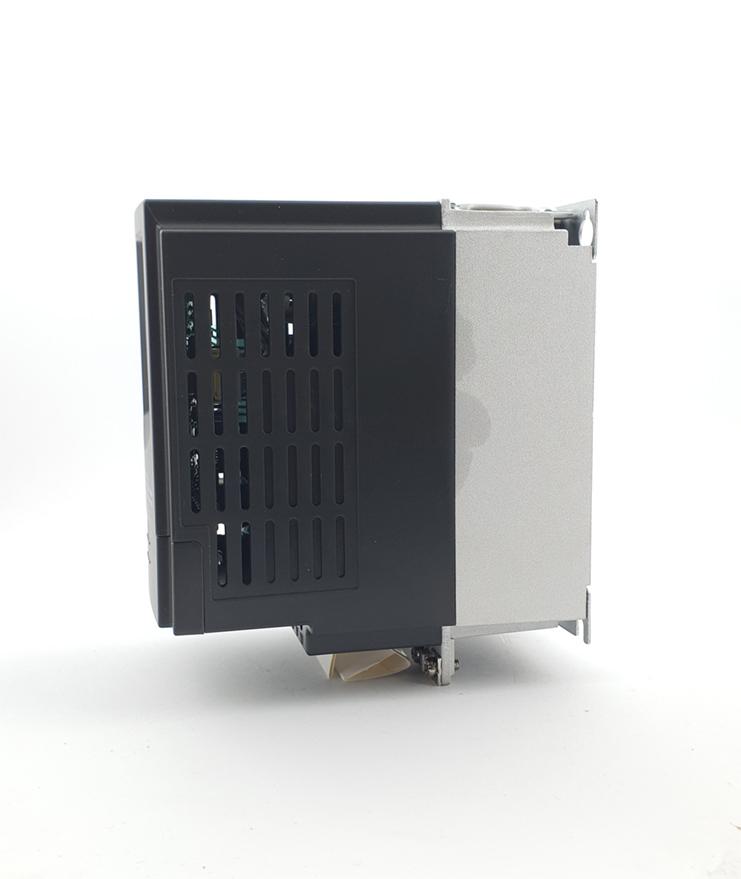 LS E810 0007S2E1U1F2AE03R3 1 F 230V 075 kW 0006 20210312 113328.jpg