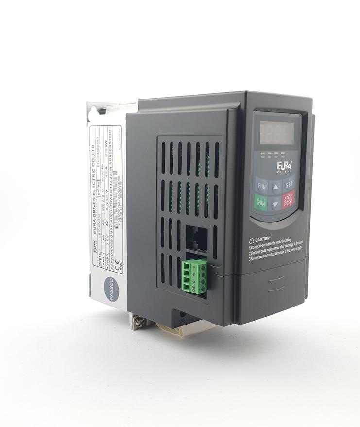 LS E810 0007S2E1U1F2AE03R3 1 F 230V 075 kW 0023 20210312 113406.jpg